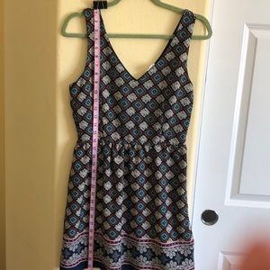 One Clothing M Midi Lined Good Condition. beauty!